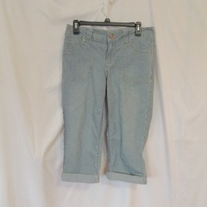 Faded glory Womens Stripped Capris size 6